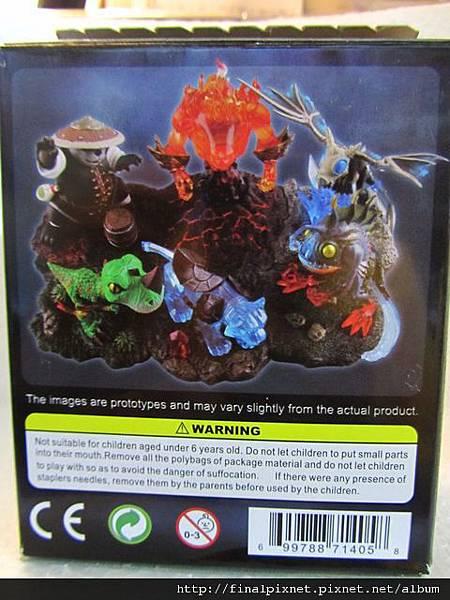 魔獸寵物 WarCraft Pet-外盒-3.jpg