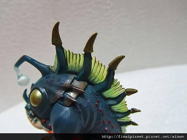 魔獸寵物 WarCraft Pet-魚人寶寶-背鰽.jpg