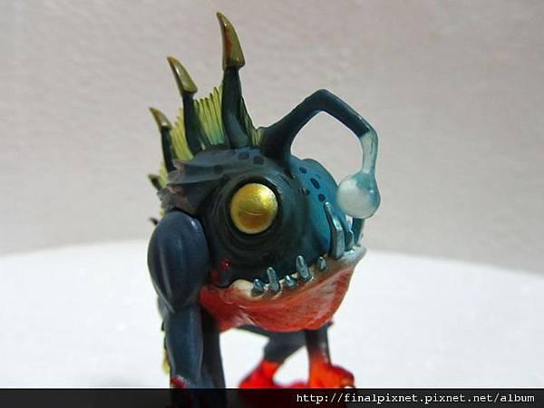 魔獸寵物 WarCraft Pet-魚人寶寶-燈籠魚樣.jpg
