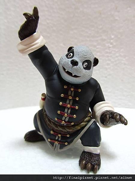 魔獸寵物 WarCraft Pet-熊貓釀酒人-全身照.jpg