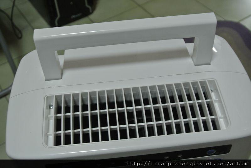 威技除濕機WDH-312EA-6R-出風孔_800x600