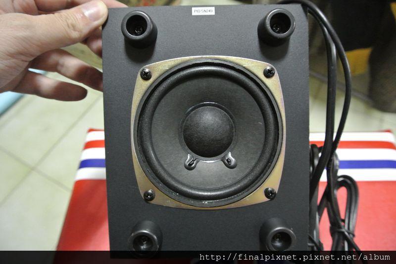 羅技 LS21 2.1聲道喇叭-重低音喇叭-主體_800x600