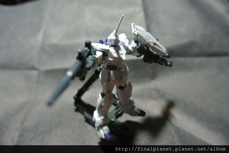 Assault Kingdom Vol.01-RX-0-pose_800x600