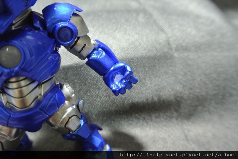 Tideway 鋼鐵人 Iron Man MK3 藍色ver.-手掌也有發射孔_800x600