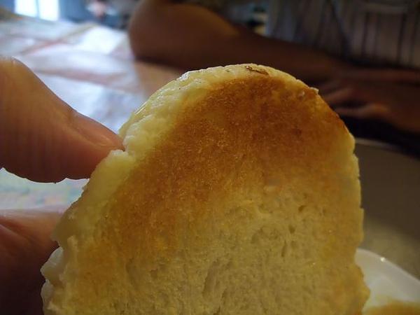 第1日午餐-1970香港故事-冰火波蘿油-麵包有烤過.jpg