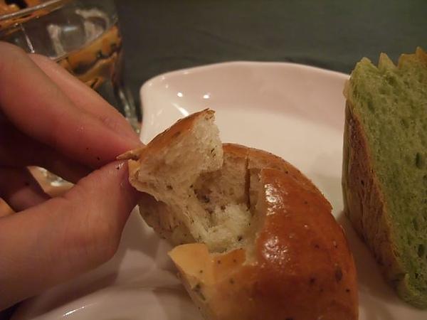 第1日晚餐-南瓜屋-小餐包-原味.jpg