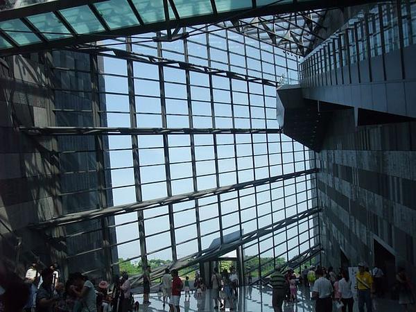 蘭陽博物館-充滿透明空間感.JPG