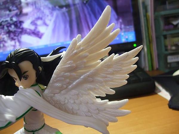 羽人非獍-翅膀.jpg