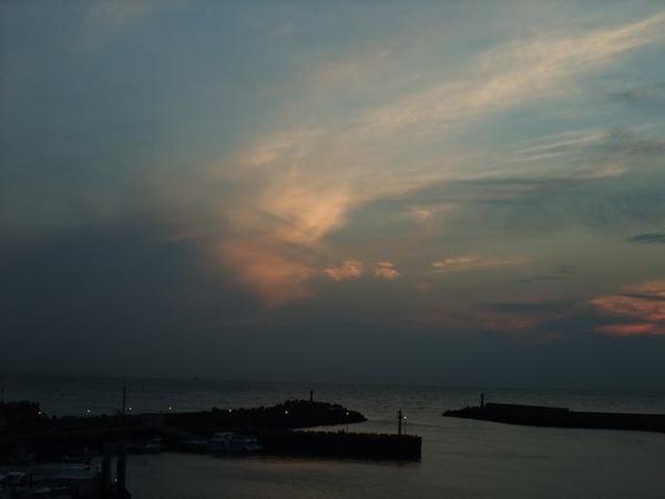 夕陽即將下山了.JPG
