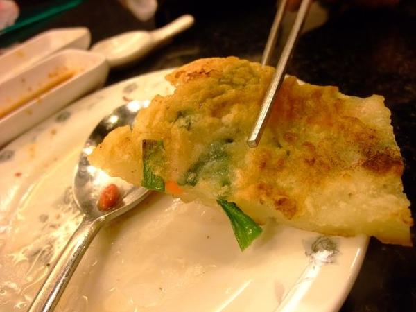 海鮮煎餅-還有青菜.JPG