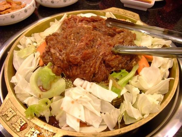 銅盤烤肉鍋.JPG