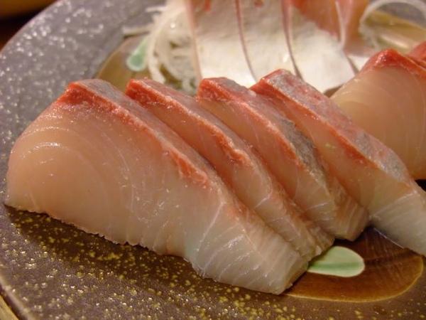 生魚片-挺新鮮的.JPG