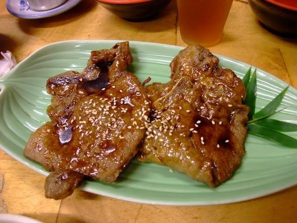 烤肉定食-燒肉.JPG