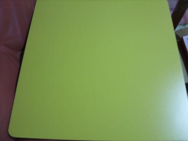 黃色折疊桌-01-平面.jpg