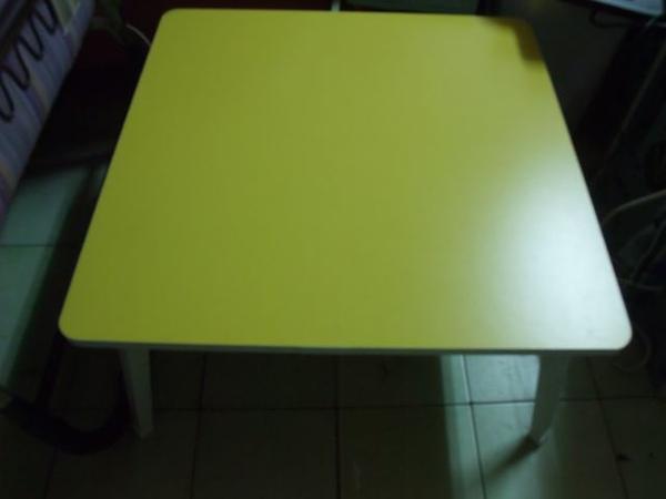 黃色折疊桌-06-完全展開.jpg