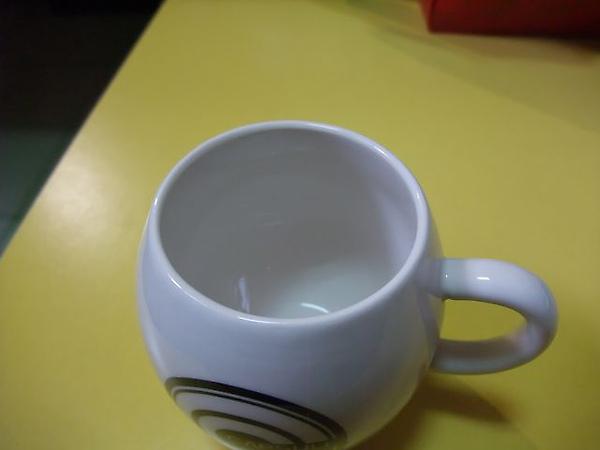 D賞-七龍珠馬克杯-杯口.JPG