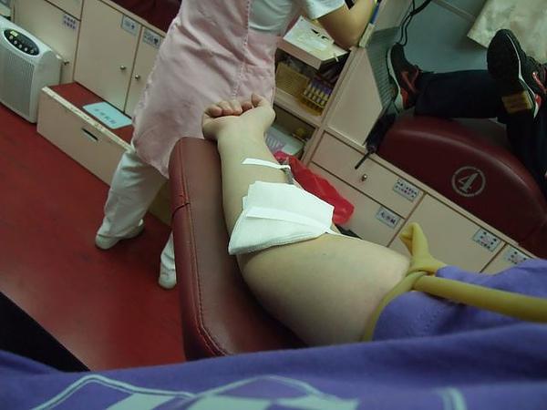 第一次捐血-輸血啦.JPG