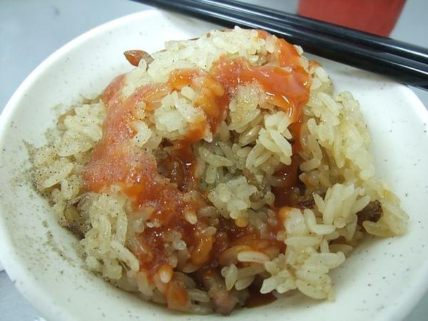 東發號-一定要加甜辣醬+胡椒粉.JPG