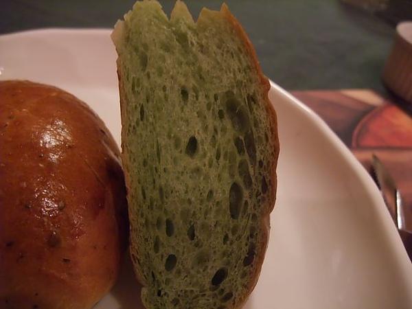 第1日晚餐-南瓜屋-小餐包-抹茶口味.jpg