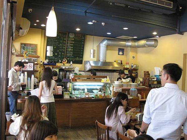 第2日早餐-尼克咖啡-櫃台-1.JPG