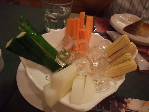 第1日晚餐-南瓜屋-開胃沙拉.jpg