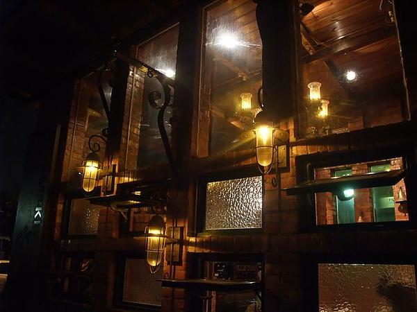 第1日晚餐-南瓜屋-外面燈飾.jpg