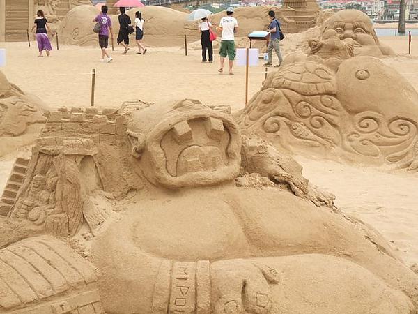 2010沙雕-獨眼巨人的寶藏-大牙齒.JPG