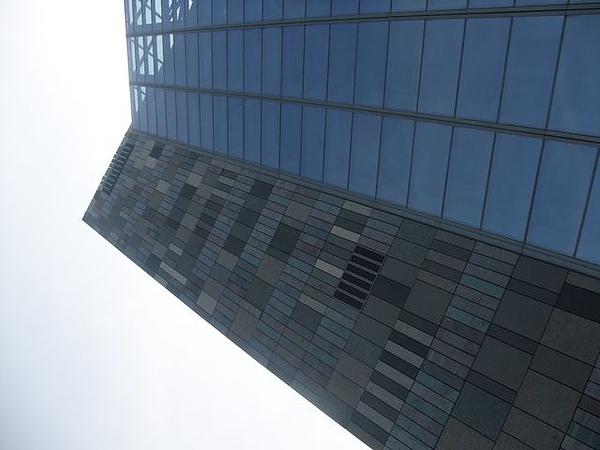 蘭陽博物館-建築斜角.JPG