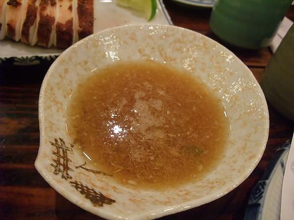 綜合炸蝦盤-醬汁.JPG