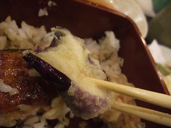 綜合炸蝦盤-茄子沾醬.JPG