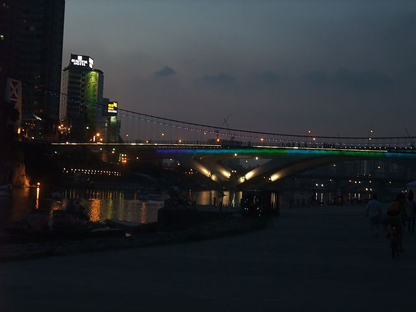 碧潭-夜景-1.JPG