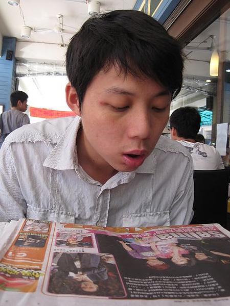 第2日早餐-尼克咖啡-苦主晃神中.JPG