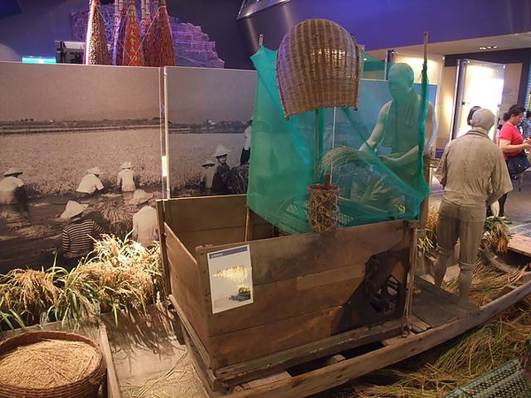 蘭陽博物館-去穀機.JPG