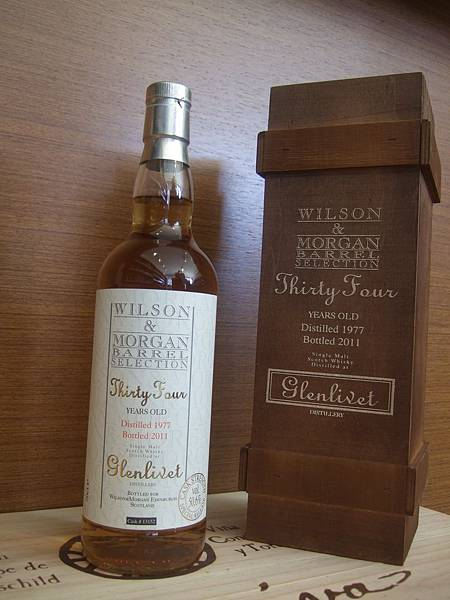 Wilson & Morgan Glenlivet Scotch Whisky 34Yo