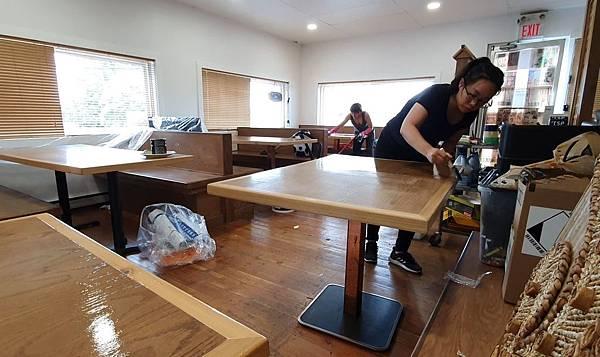 漆桌子.JPG