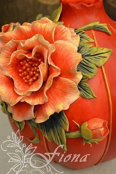 仿瓷花瓶-201307 By Fiona Yang