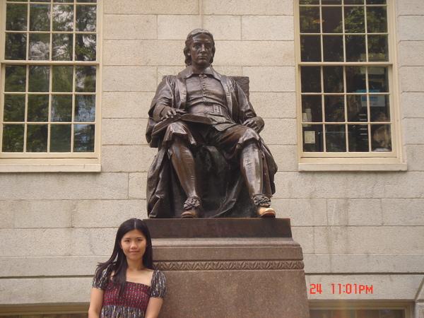 John Harvard 2.JPG