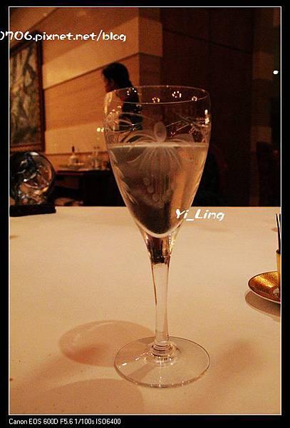 英國皇室的御用品牌Royal Brierley 水杯