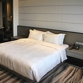 8-bed-Singapore_Carlton_hotel_5star4.jpg