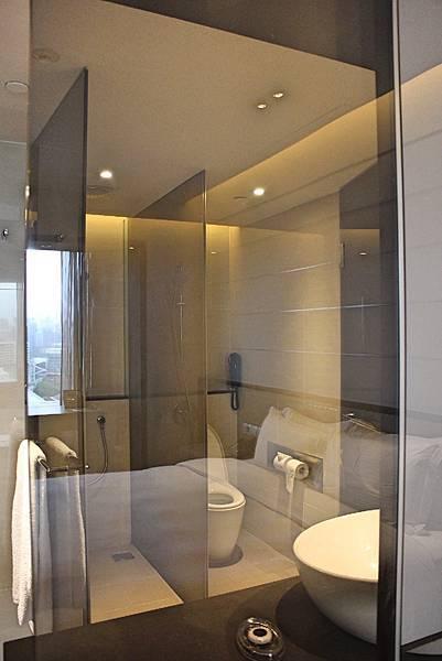 10-shower-Singapore_Carlton_hotel_5star7.jpg