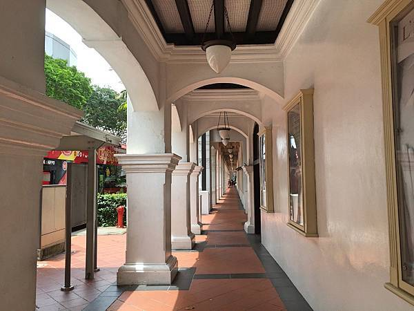 0Singapore-Raffles-hotel7.jpg