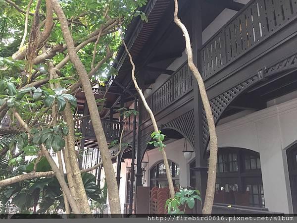 1Singapore-Raffles-hotel99.jpg