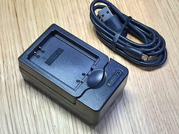 Kamera-CANON-EP12-MICRO-USB充電器4.jpg