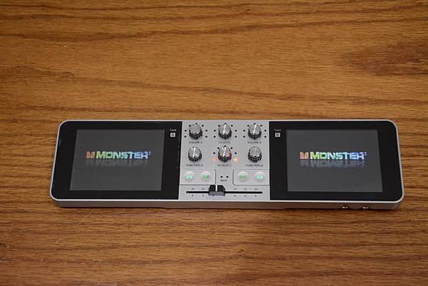 2-0Monster_GODJ_隨身DJ混音器14.jpg