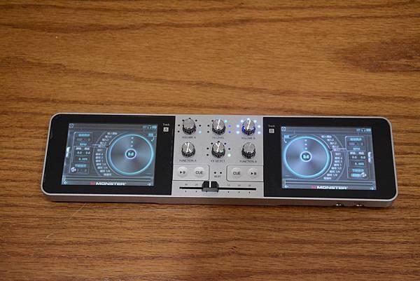 2-2Monster_GODJ_隨身DJ混音器16.jpg