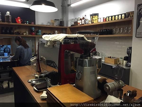 2-1 桃園中壢Table_No2_Coffee_Roaster10.jpg