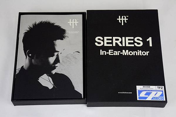 0-2TFZ-SERIES1耳機-PK聲海IE802.jpg