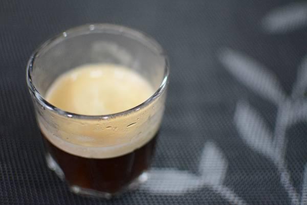8-1-5staresso隨身手壓義式咖啡壺75.jpg