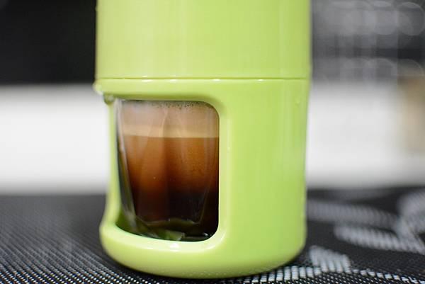 8-3-4staresso隨身手壓義式咖啡壺76.jpg