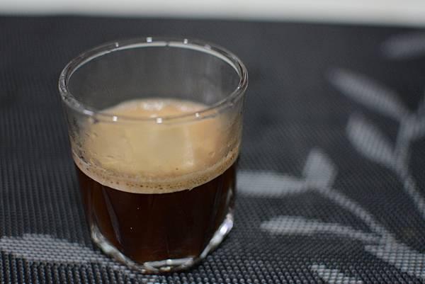 8-4-4staresso隨身手壓義式咖啡壺65.jpg